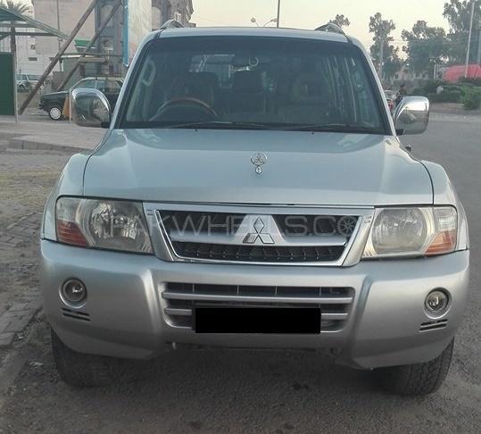 Mitsubishi Pajero GLS 2.8D 2004 Image-1