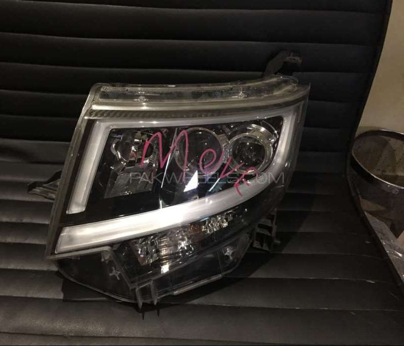 Move LA150 S headlight Image-1