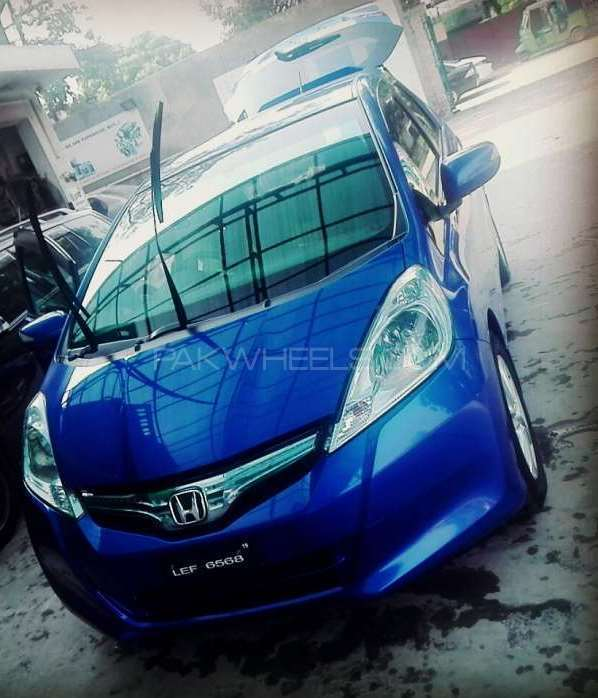 Honda Fit Hybrid Navi Premium Selection 2011 Image-1