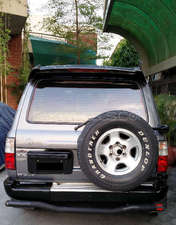 Slide_toyota-land-cruiser-vx-limi-4-2d-1995-13806833