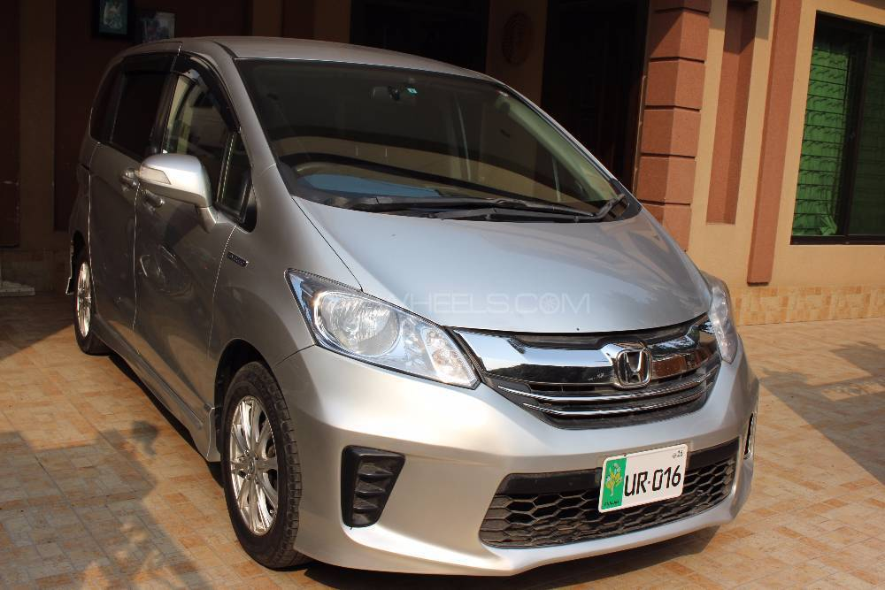 Honda Freed 2013 Image-1