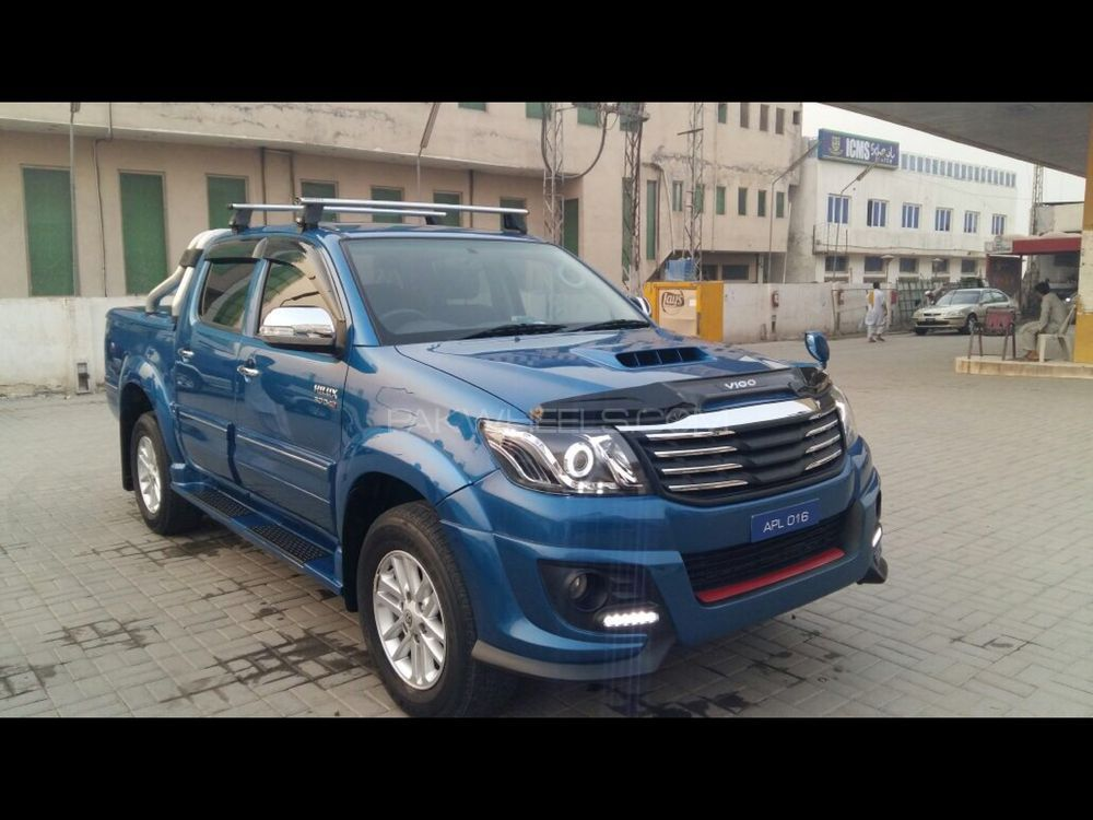 Toyota Hilux 2013 Image-1