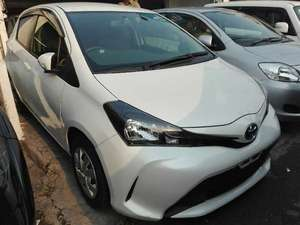 Toyota Vitz 2015 for Sale in Lahore
