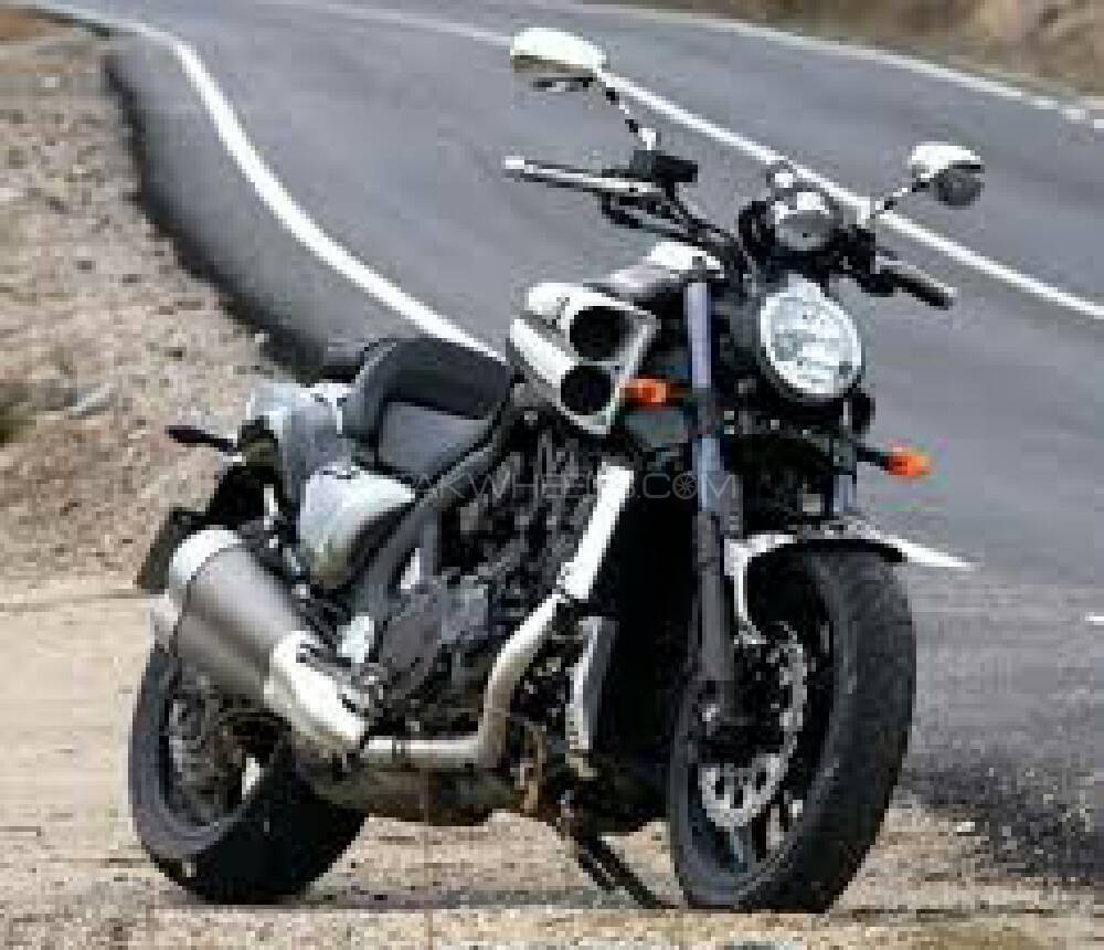 used yamaha v max 2014 bike for sale in lahore 173064 pakwheels. Black Bedroom Furniture Sets. Home Design Ideas