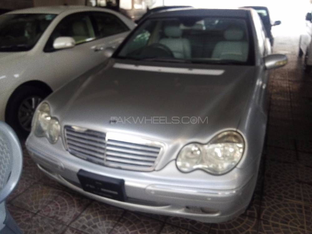 Mercedes Benz C Class C200 CDI 2003 Image-1