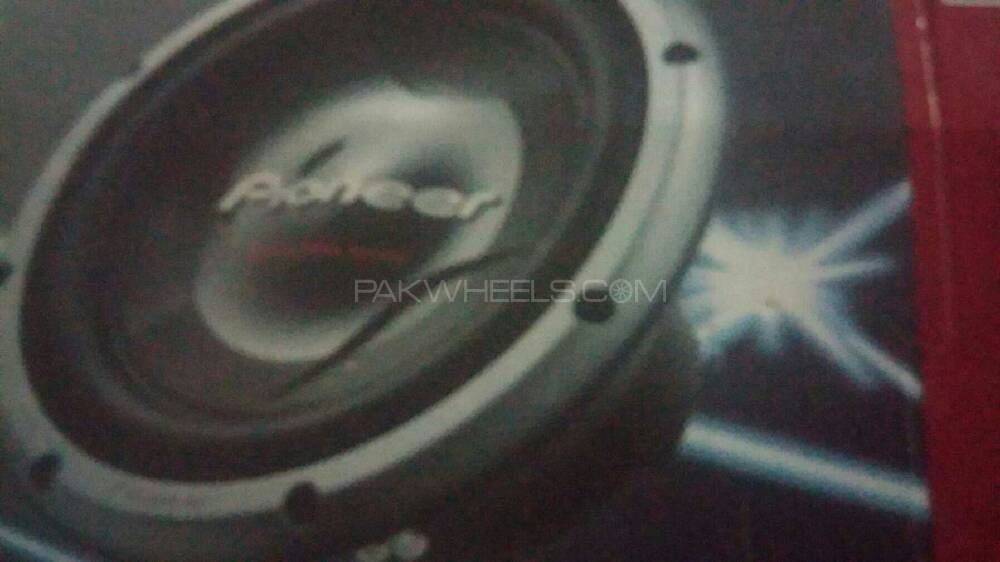 woofer and power full amplifier Image-1