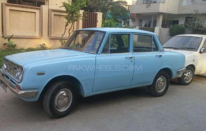Toyota Corona 1967 Image-1
