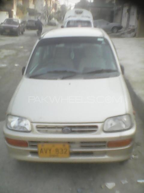Daihatsu Cuore CX 2011 Image-1