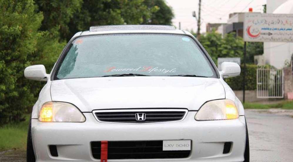 Honda Civic VTi Oriel Automatic 1.6 2000 Image-1