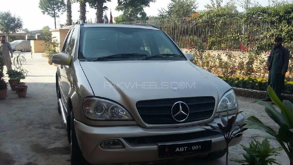 Mercedes Benz M Class ML 270 CDI 2002 Image-1