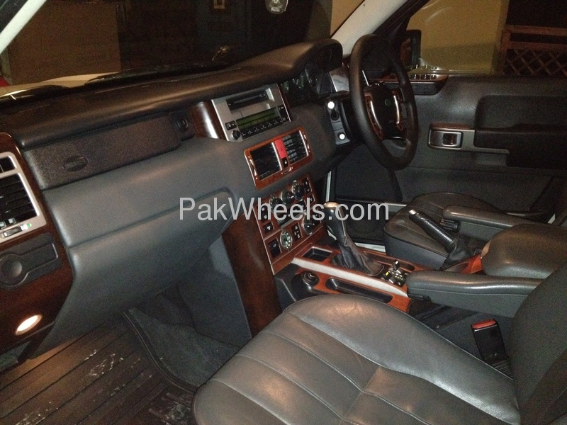Used Range Rover Vogue 2004 Car for sale in Islamabad - 461685 - 1401368