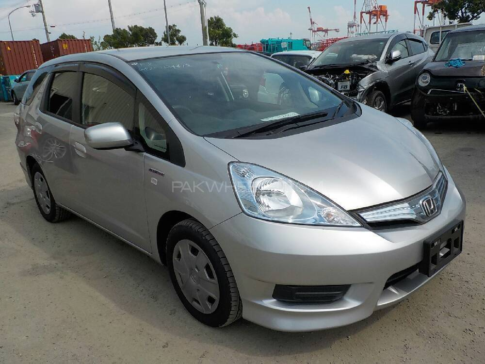 Honda Fit Hybrid Navi Premium Selection 2013 Image-1