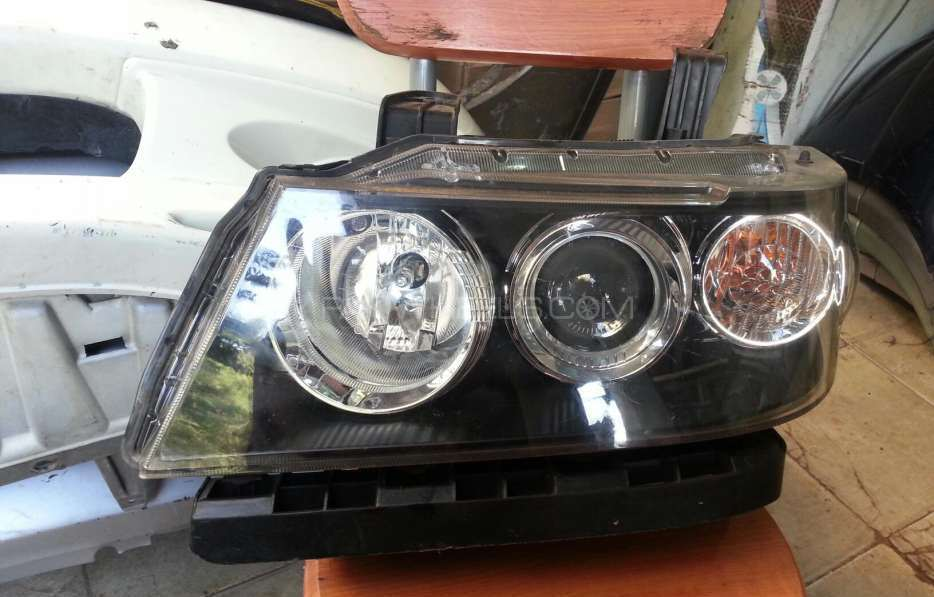 Honda zest spark head light  Image-1