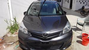 Toyota Vitz F 1.0 2013 for Sale in Karachi