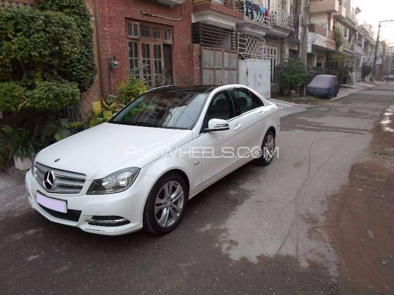 Mercedes benz c class c180 2012 for sale in lahore pakwheels for 2012 c class mercedes benz