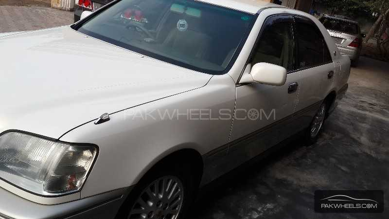 Toyota Crown Athlete 2001 Image-1