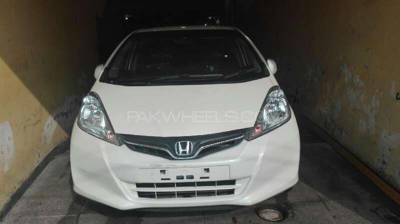 Honda Fit Hybrid 10th Anniversary 2011 Image-1