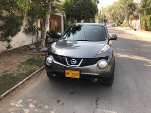 Nissan Juke 15RX Urban Selection 2010 for Sale in Karachi