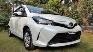 Toyota Vitz F 1.0 2014 for Sale in Sialkot