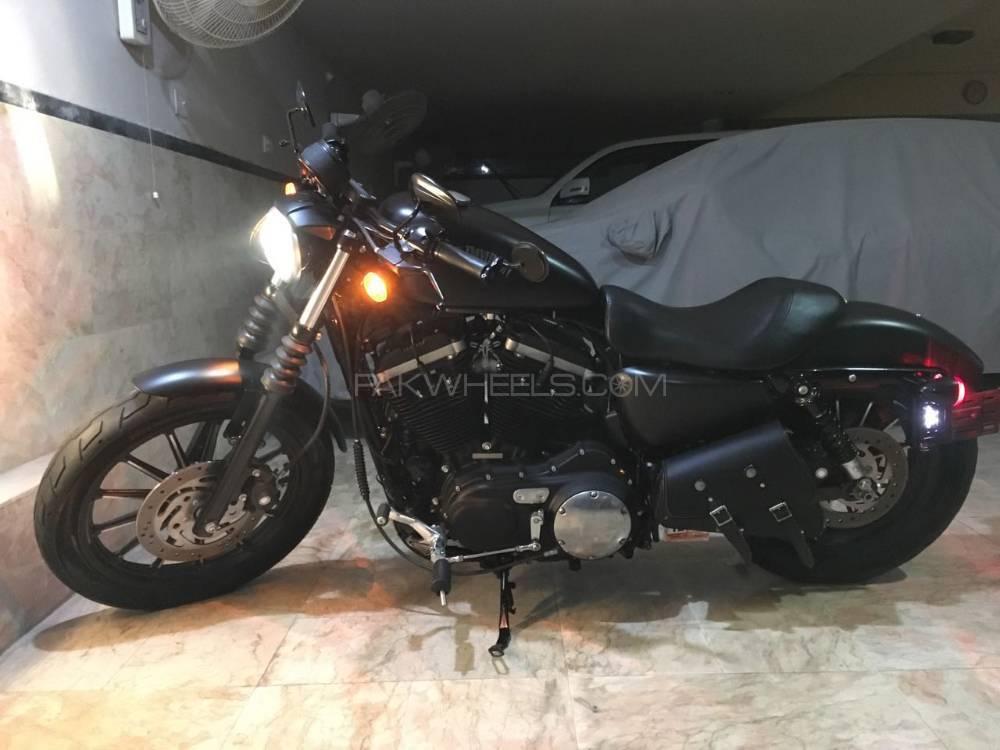Harley Davidson Iron 883 2012 Image-1