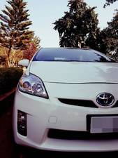 Toyota Prius S 1.8 2011 for Sale in Islamabad