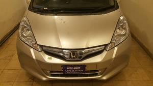 Slide_honda-fit-13g-f-package-2013-14368808