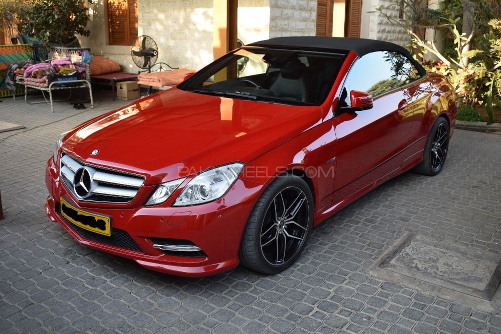 mercedes benz e class e200 2012 for sale in karachi pakwheels. Black Bedroom Furniture Sets. Home Design Ideas