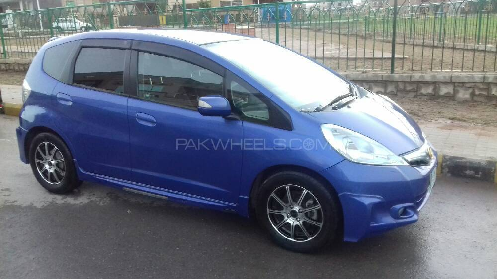 Honda Fit 13G Smart Edition 2011 Image-1