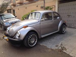Slide_volkswagen-beetle-1600-1974-14726969