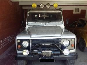 Slide_land-rover-defender-1970-14887929