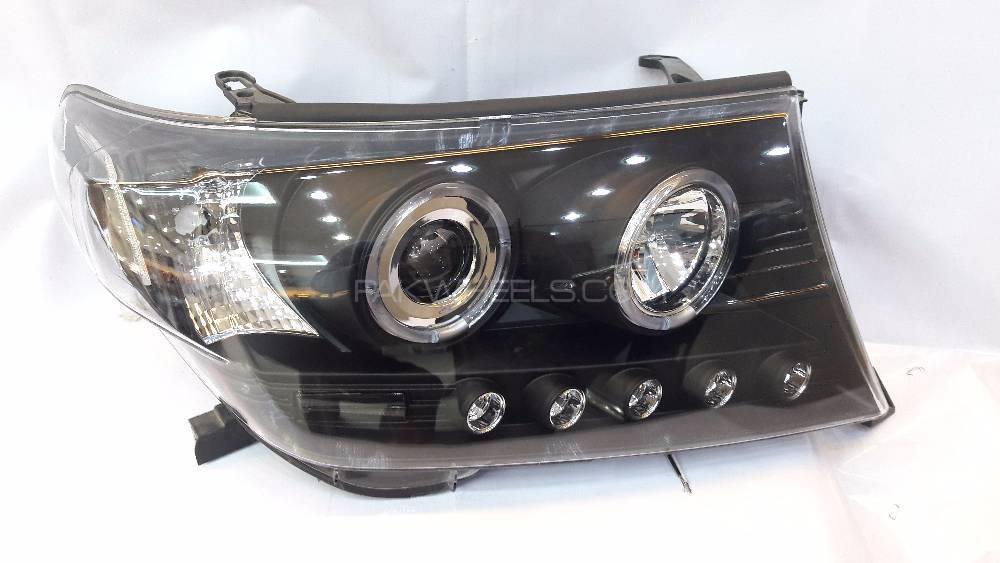 Head Light Land Cruiser V8 Black 2008-2013 in Lahore