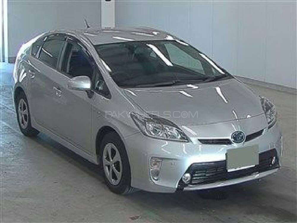 Toyota Prius G LED Edition 1.8 2014 Image-1