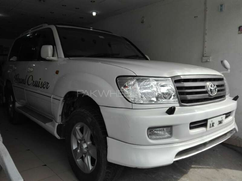 Toyota Land Cruiser 1998 Image-1