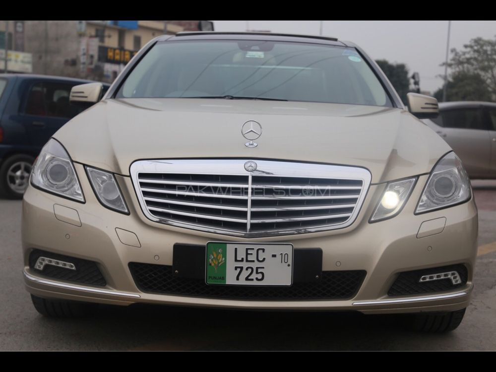 mercedes benz e class e250 2009 for sale in lahore pakwheels. Black Bedroom Furniture Sets. Home Design Ideas