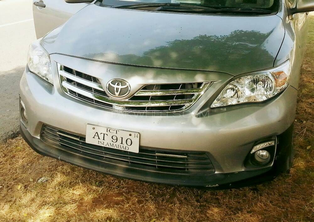 Front Chrome Grill for Toyota Corolla 2011-13 Image-1