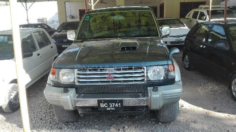 Mitsubishi Pajero Exceed Automatic 2.8D 1995 Image-1