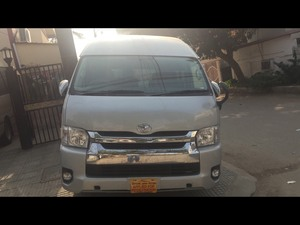 Slide_toyota-hiace-super-custom-2014-15248026