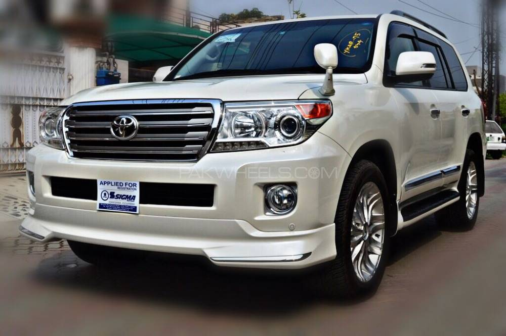 toyota land cruiser ax g 60th black leather selection 2012 for sale in lahore pakwheels. Black Bedroom Furniture Sets. Home Design Ideas