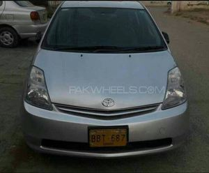 Slide_toyota-prius-alpha-s-l-selection-2009-15670984