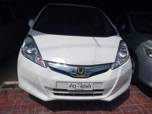 Slide_honda-fit-hybrid-navi-premium-selection-2011-15747548