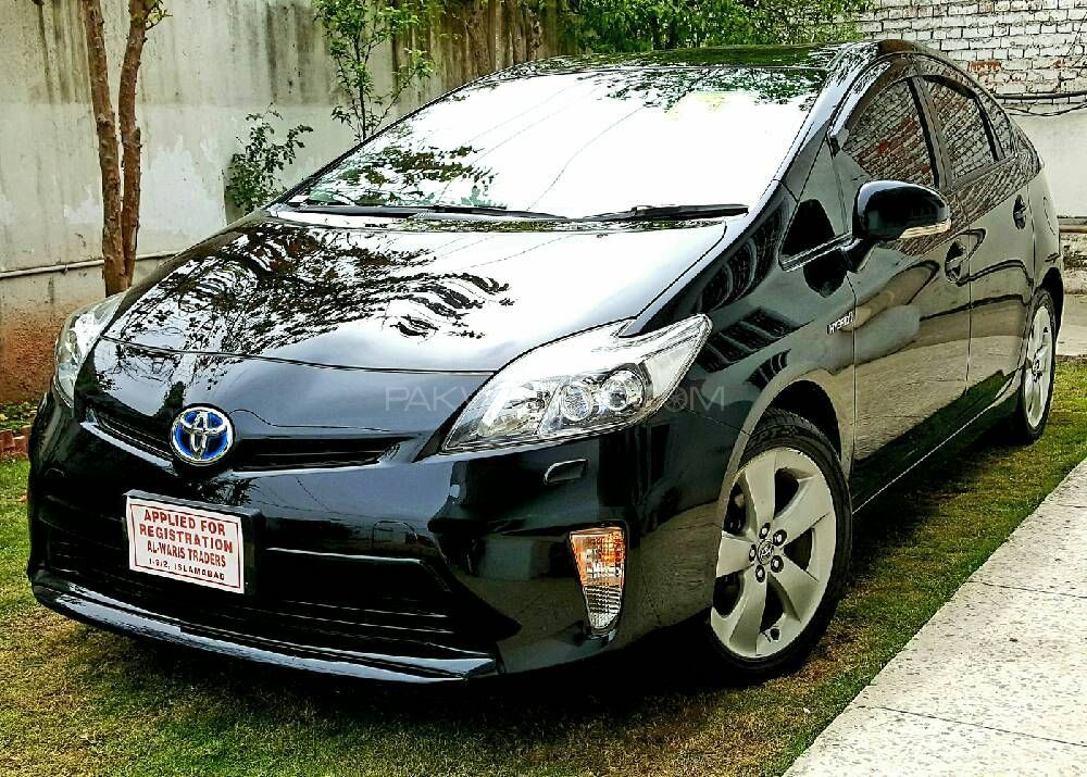 toyota prius 2012 for sale in islamabad
