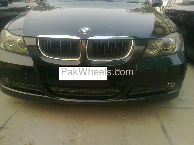 BMW 3 Series 320i 2006 Image-1