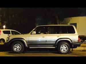 Slide_toyota-land-cruiser-vx-limited-4-5-1995-15929257