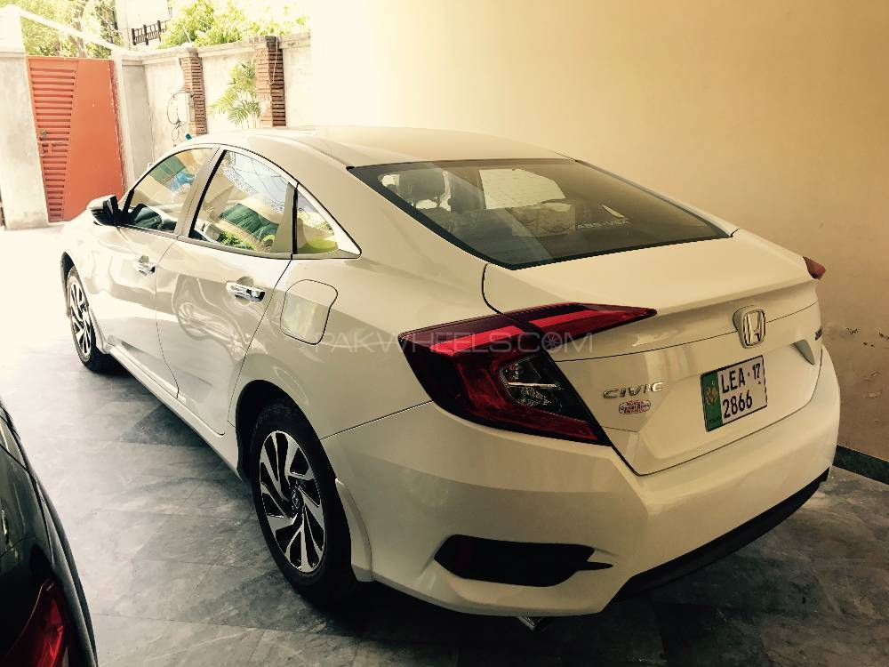 Honda civic turbo 1 5 vtec cvt 2017 for sale in lahore for Honda civic turbo 2017