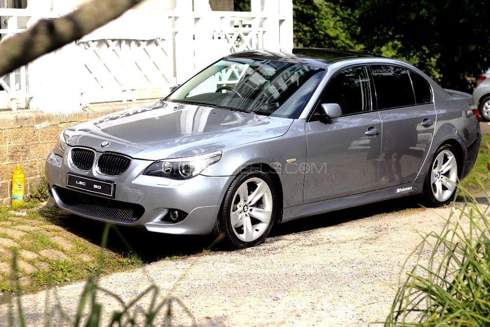 BMW 5 Series 530i 2003 Image-1
