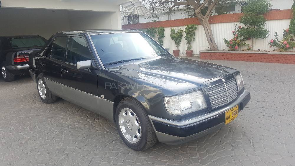 Mercedes benz e class e300 1990 for sale in karachi for Mercedes benz 1990 e300