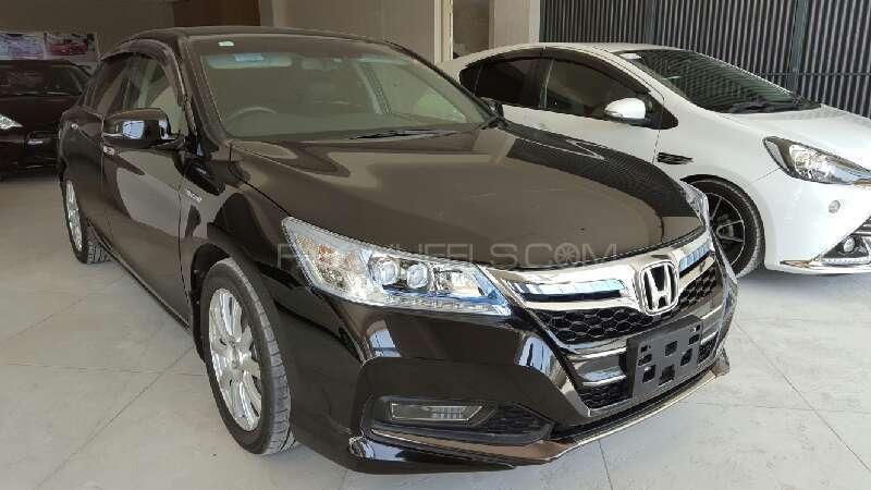 Honda Accord 2013 Image-1