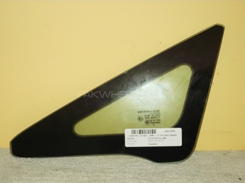 Front Quarter Glass Honda Civic 2006 - 2012 - 73331-SNL-T00  in Lahore