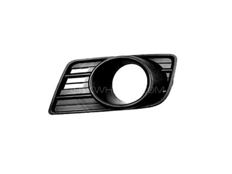 Suzuki Swift New Bezel Front Fog Lamp (L) Genuine in Lahore