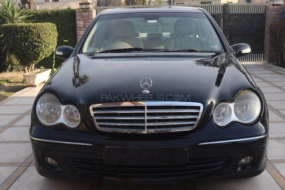 mercedes benz c class c200 cdi 2006 for sale in lahore pakwheels. Black Bedroom Furniture Sets. Home Design Ideas